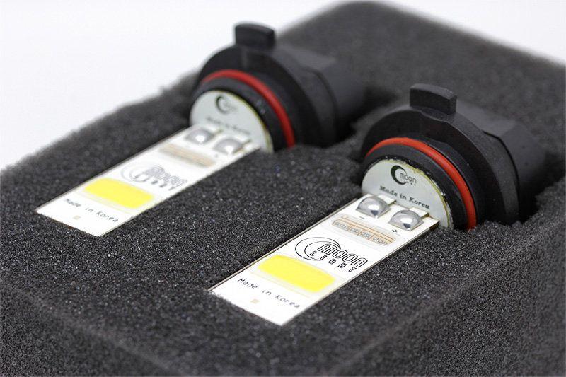 Лампы MoonLight HB4-10W в комплектной подложке