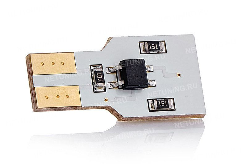Позолоченные контакты светодиодной лампы MoonLight W5W-4s54s