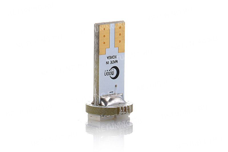 Позолоченные контакты светодиодной лампы MoonLight W5W-2s54