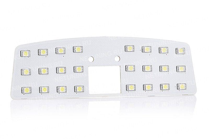 Форма ламп повторяет внутреннюю форму светильников