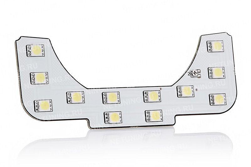 Лампы дают равномерное освещение салона
