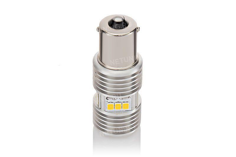 Внутри светодиодной лампы P21W-15s35 находится лед драйвер