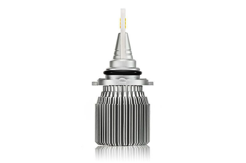 Светодиодная лампа HB4 J2 фото сбоку