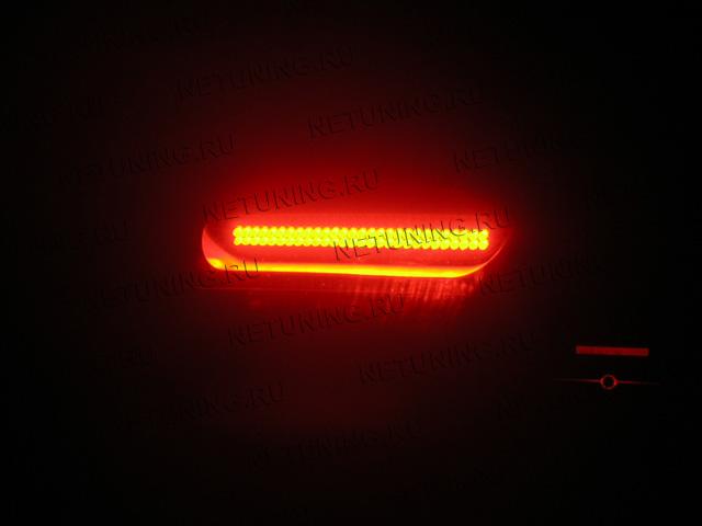 ...под ручкой и над ручкой... кому интересно вот фоты. я всю машину залепил светодиодными лампами начиная от всего...